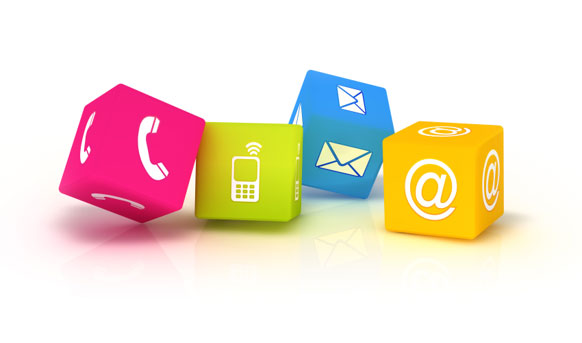 Echanger avec Néo par téléphone, email ou via nos réseaux sociaux